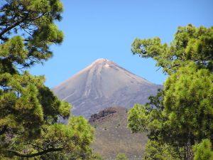 800px-Pico_el_Teide